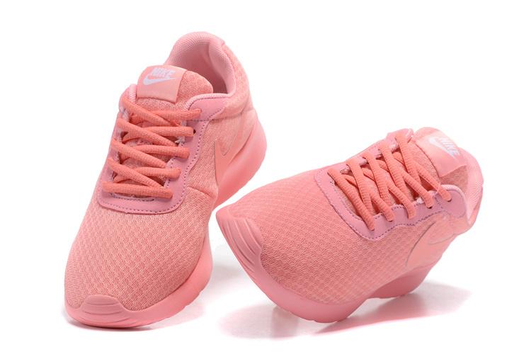 a6f70e69d36 chaussures nike Tanjun run pas cher