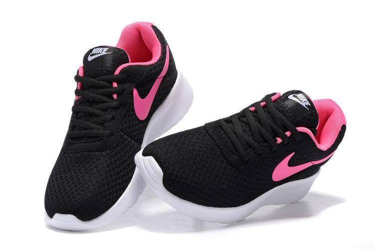 chaussure nike tanjun femme
